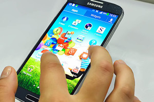 Apple vs Samsung, Smartphone